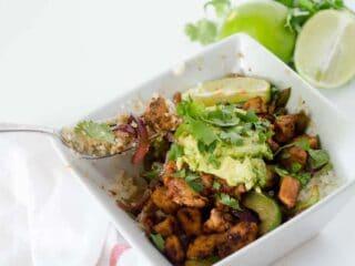 Chipotle Burrito Bowls | paleoscaleo.com