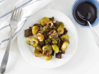 Roasted Brussel Sprouts with Balsamic Reduction | PaleoScaleo.com