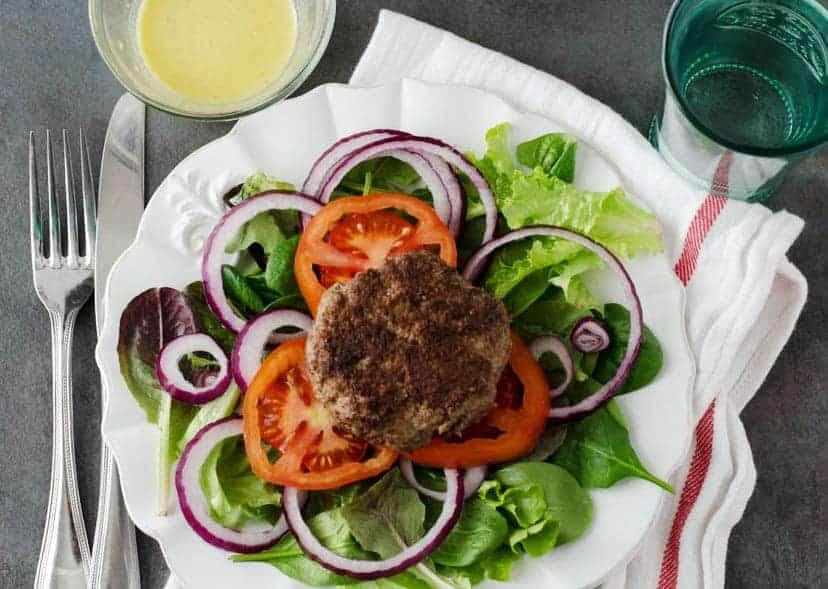 Burger Salad   PaleoScaleo.com