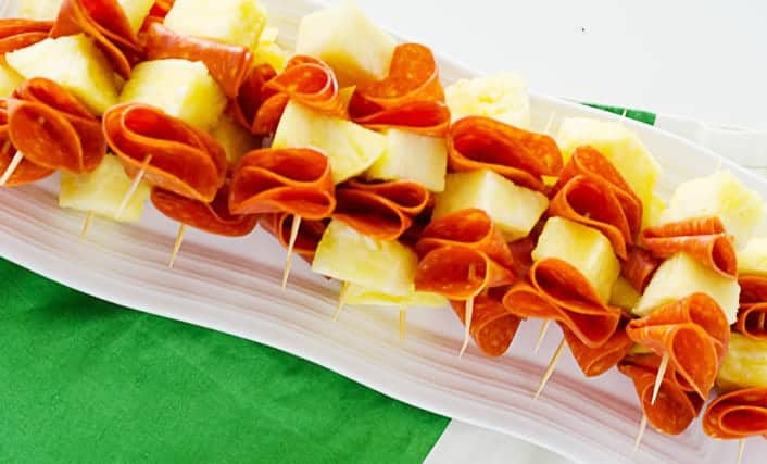 Pepperoni and Pineapple Skewers | PaleoScaleo.com