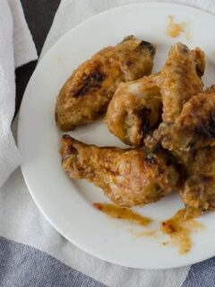 Sweet & Spicy Sticky Wings | PaleoScaleo.com