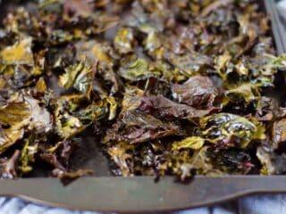 Zesty Ranch Kale Chips | PaleoScaleo.com