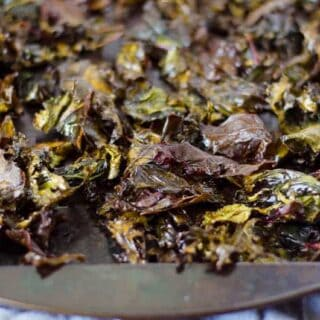 Zesty Ranch Kale Chips | PaleoScaleo.com