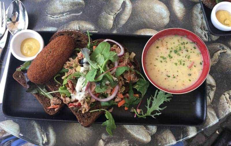 Traditional dutch food
