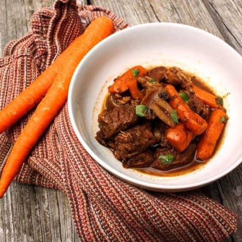 Balsamic Braised Beef Stew | PaleoScaleo.com