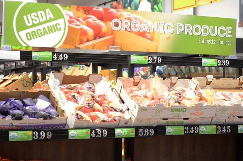 organic produce section at Aldi