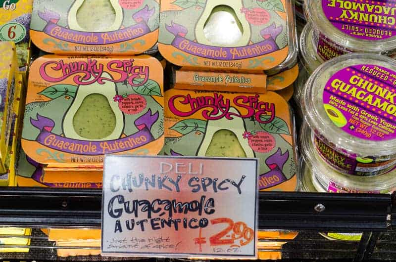 chunky spicy guacamole