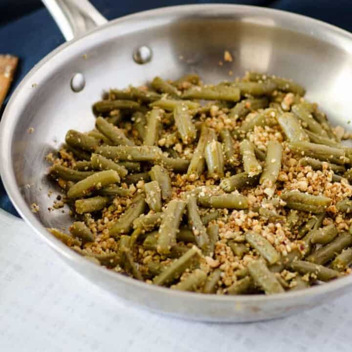 Pan Seared Canned Green Beans with Cashews and Garlic