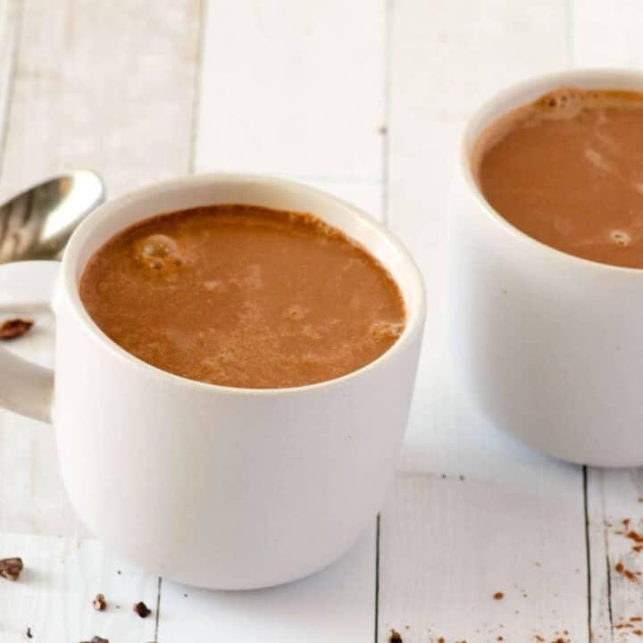 3 Ingredient Vegan Hot Chocolate (Dairy Free, Paleo)