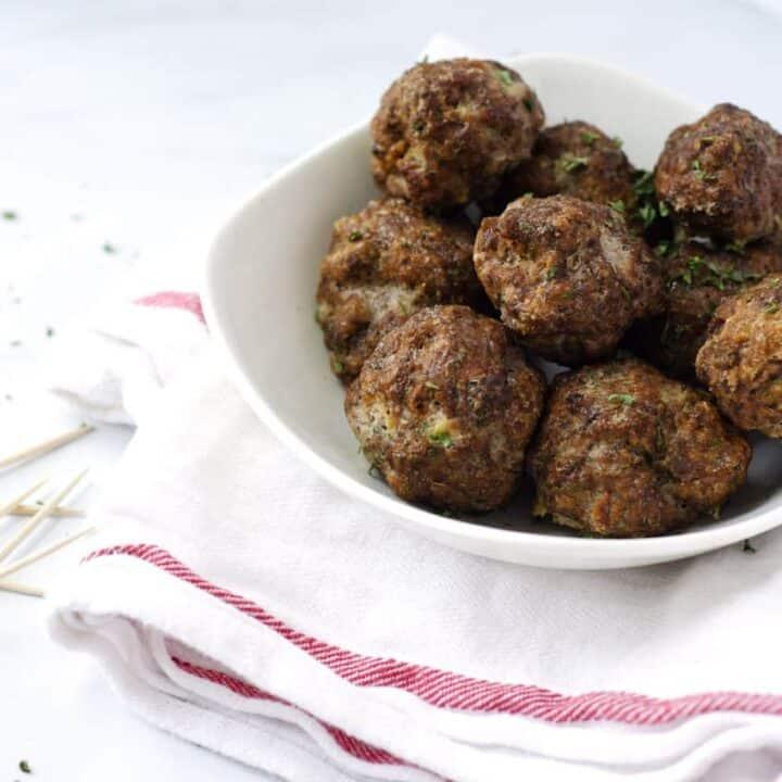 Easy Weeknight Paleo Meatballs